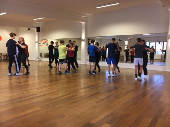 Dance Company Foto 1